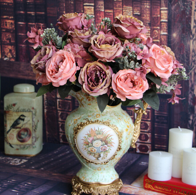 China UVG China Market Making Artificial Similar With Rose Flower for Wedding Events Supplier supplier