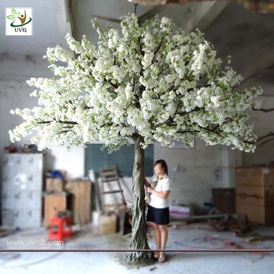 China UVG 4m Decorative artificial tree with white cherry blossoms for wedding stage decoration supplier