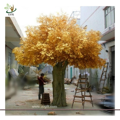 China UVG GRE06 Golden indoor home decorative artificial tree with fake banyan leaves for sale supplier