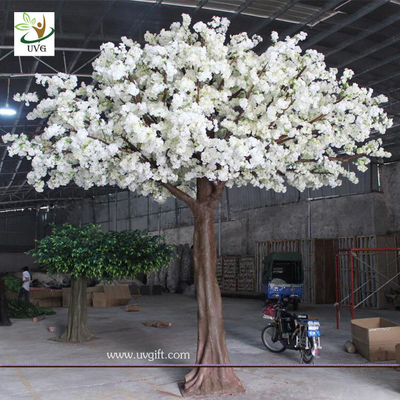 China UVG CHR114 4m Indoor silk japanese cherry blossom tree with artificial fiberglass trunk supplier