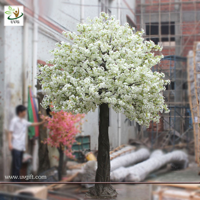 China UVG CHR031 White realistic cherry blossom artificial tree for wedding dcoration supplier