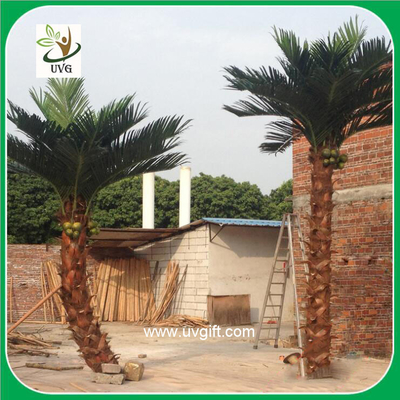 China UVG PTR017 natural look fake coconut tree and palm leaves for indoor outdoor landsacaping supplier