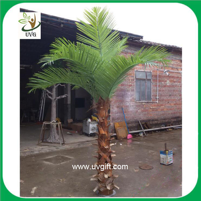 China UVG PTR018 indoor use 3 meters plastic palm tree artificial leaves with natural bark supplier