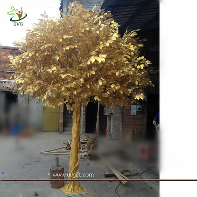 China UVG GRE044 real looking indoor artificial trees with golden banyan tree for party decor supplier