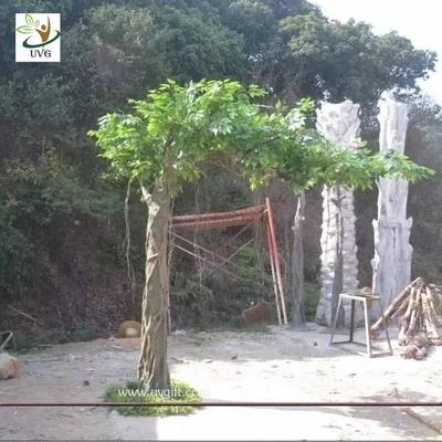 China UVG GRE051 best selling products factory direct green banyan artificial tree for weddings supplier