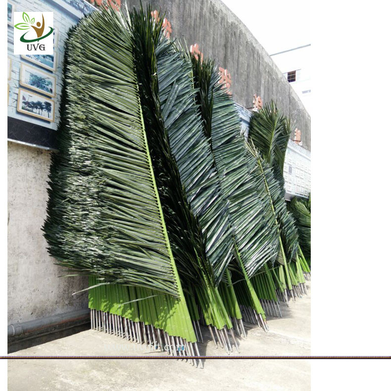 Uvg ptr015 2m silk artificial palm tree leaves in plastic for Artificial leaves for decoration
