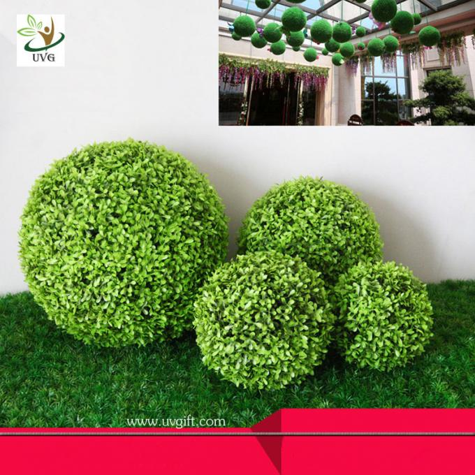 UVG Manufacturer supply hanging dcorative artificial boxwood ball for garden decoration