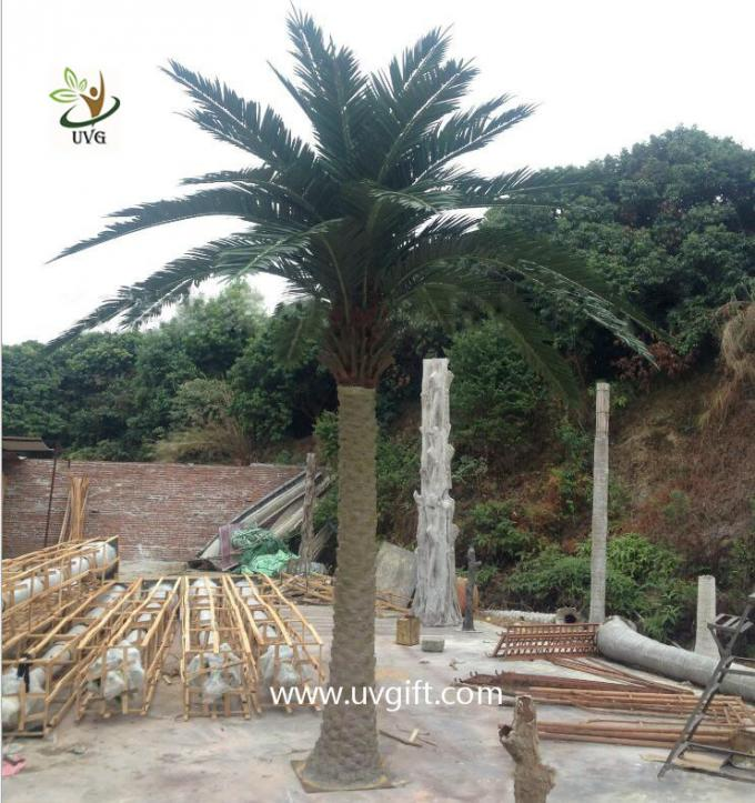UVG PTR029 5 meters fiberglass fake palm trees for outside amusement park decoration