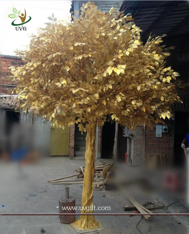 UVG GRE044 real looking indoor artificial trees with golden banyan tree for party decor